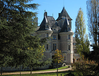 Château des Réaux - Image: Les Réaux Castle