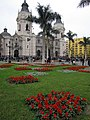 Lima, Plaza de Armas and cathedral (6091615471).jpg