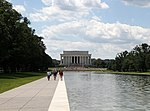 Lincoln Memorial 2 (27192799423).jpg