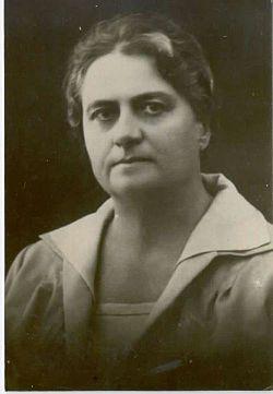 Ljudmila Poljanec 1910s.jpg