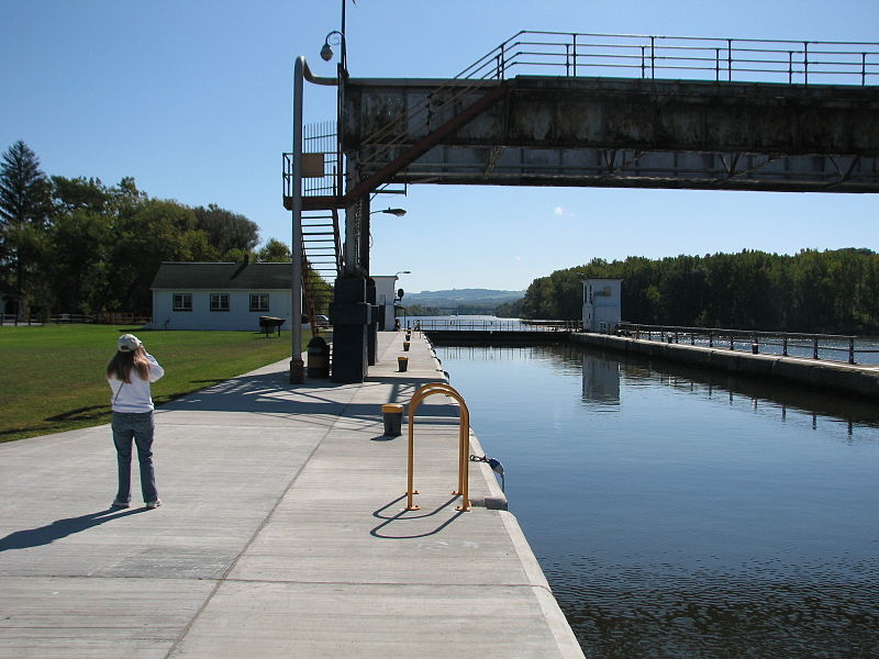 Lock Number 11 Erie Canal, Amsterdam NY 2918 (4029379915).jpg