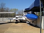 Lockheed Jetstar Hound Dog II Graceland Memphis TN 2013-04-01 002.jpg