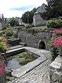 Locquénolé (29) Fontaine.jpg