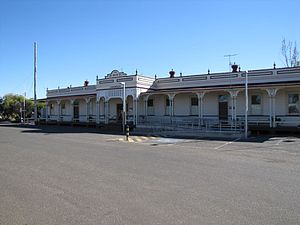 Longreach railway station - Front of station, 2013