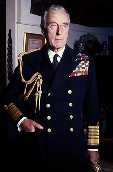 Lord Mountbatten in uno scatto di Allan Warren del 1976