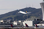Lufthansa Airbus A380-841 D-AIMJ (16240789733).jpg