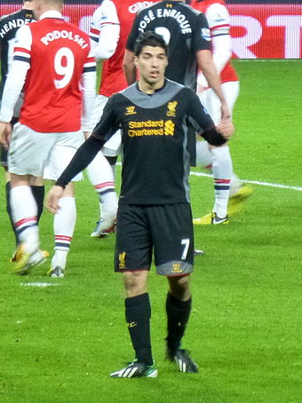 Suarez playing for Liverpool against Arsenal in January 2013 Luis Suarez vs Arsenal (cropped).jpg