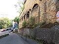 Lyon 9e - Montée de l'Observance - Allée du 80 qui fait le tour du bâtiment nord du fort de Loyasse.jpg