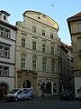 Měšťanský dům U tří per (Staré Město), Praha 1, Týnská ulička 10, Staré Město.JPG