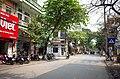 Một phần phố Quang Trung, nhìn ra ngã tư phố Quang Trung giao với phố Nguyễn Văn Tố và phố Canh Nông, thành phố Hải Dương, tỉnh Hải Dương.jpg