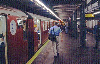 Redbird trains - Image: MTA 9333 Hunts Point Ave station