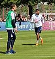 Manuel Neuer Sandro Wagner Training 2018-05-08 FC Bayern Muenchen-1.jpg