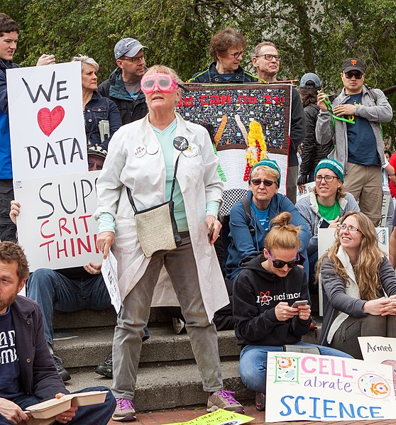 File:March for Science San Francisco 20170422-4235.jpg