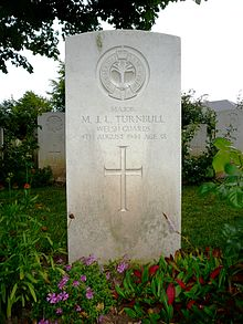 Headstone of Maurice Turnbull. Bayeux CWGC Cemetery.