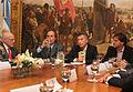 Mauricio Macri firmó un convenio para optimizar las condiciones de seguridad en obras de construcción (7178069316).jpg