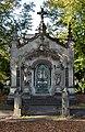 Mausoleum of James McDonald 2.jpg