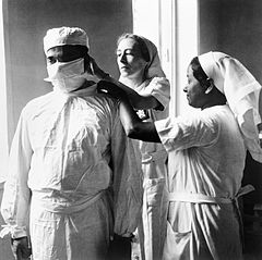Medical Services in India, 1944 IB1869.jpg