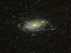 Messier 63 GALEX WikiSky.jpg