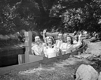 Old Mill (ride) - Image: Mill on the Floss ride Riverview Park Chicago 1942
