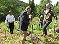 Ministere planter skog - Flickr - Landbruks- og matdepartementet (2).jpg