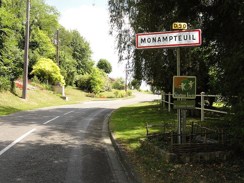 Monampteuil (Aisne) city limit sign