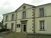 Moncoutant City Hall.jpg