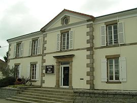 The town hall in Moncoutant