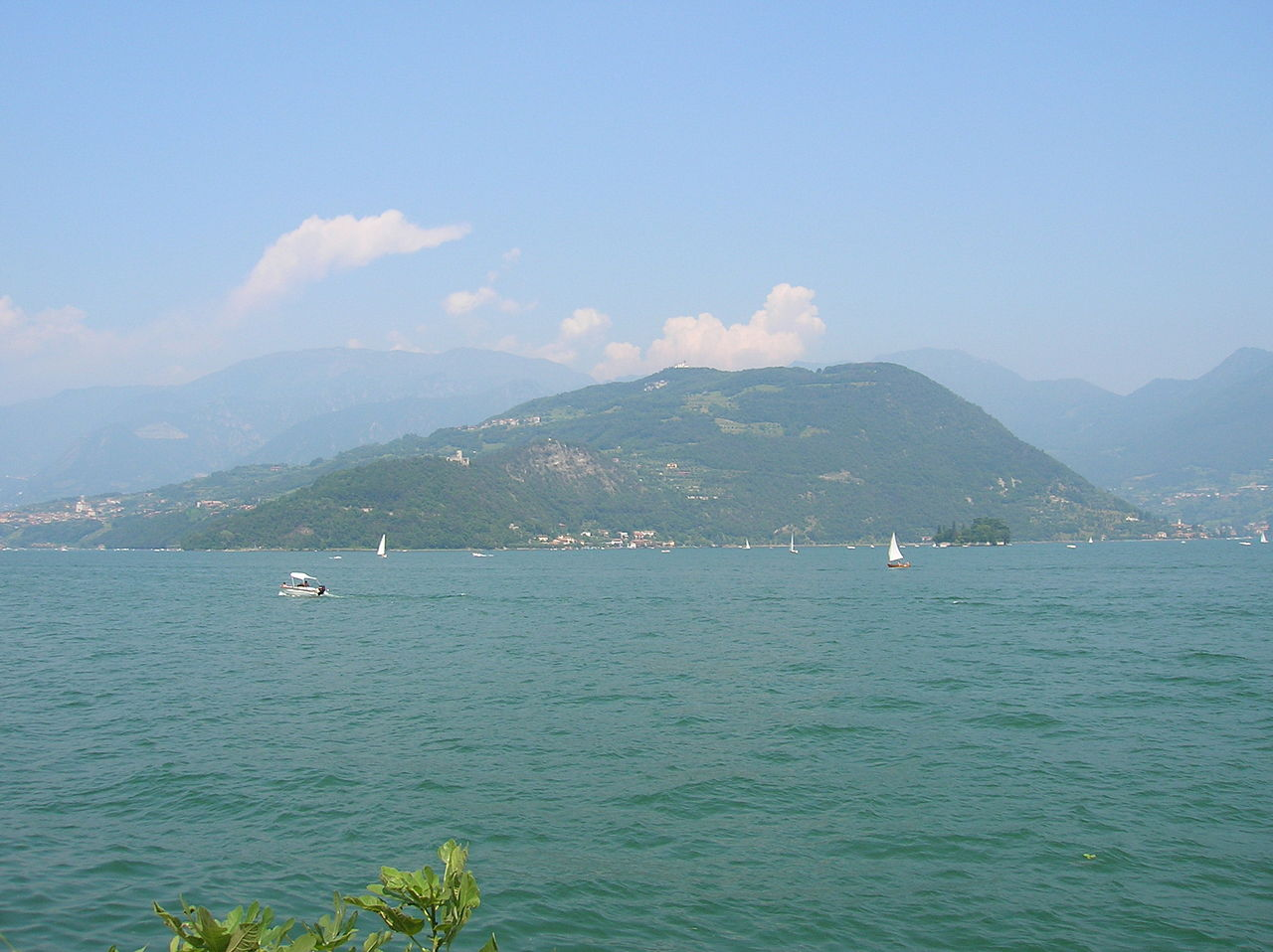 Monte Isola (vom Westufer des Iseosees)