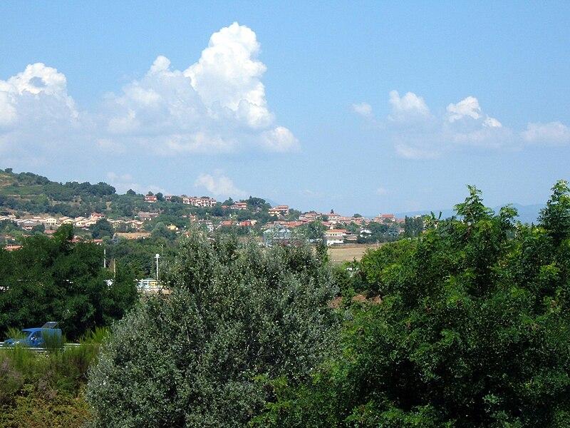 File:Monterosi - Panorama.JPG
