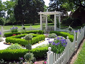 Montpelier Mansion (Laurel, Maryland) - Image: Montpelier Gardens 13
