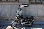 Motocicleta con cubierta, Teherán, Irán, 2016-09-18, DD 09.jpg