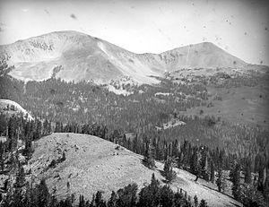 Mount Holmes - Image: Mount Holmes Winter Creek YNP1890