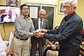Mrinal Kumar Bandyopadhyay Presents Memento To Dipak Kumar Chakraborty - Opening Ceremony - PAD 5th Free Short Term Course on Photoshop - Kolkata 2018-02-10 1280.JPG