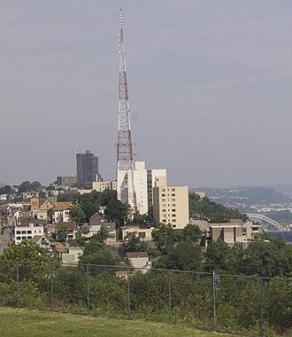 Mount Washington, Pittsburgh (mountain) - A view of Mount Washington from Bigbee Street