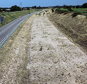 Karlsruhe–Basel high-speed railway - Already finished subgrade of the approach line in the Durmersheim area