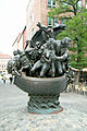 Narrenschiffbrunnen Nuremberg 08.jpg