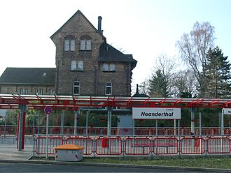 Neanderthal station - Image: Neanderthal Trainstation 20060318 2
