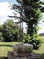 Neuflieux (Aisne) croix de chemin.JPG