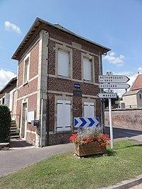 Neuflieux (Aisne) mairie.JPG