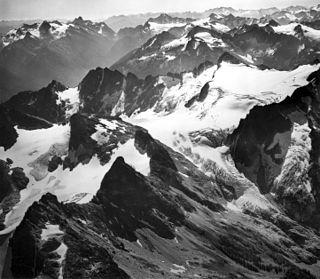 Neve Glacier glacier in Washington state, United States