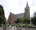 Noordeloos Kerkhof met grafhuisje.jpg