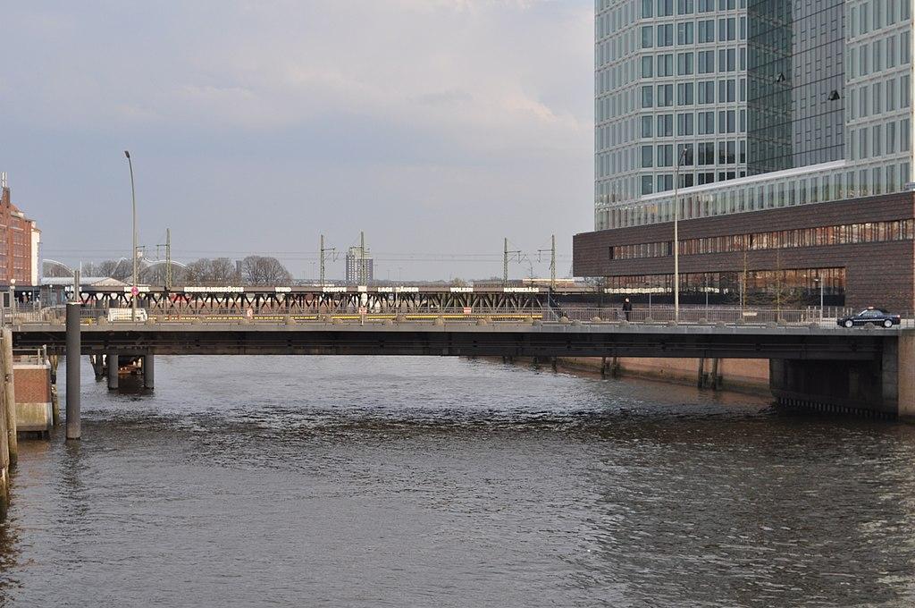 Oberbaumbrücke (Hamburg-Altstadt).ajb