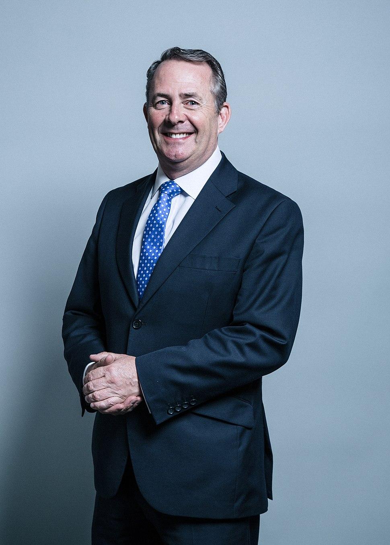 Official portrait of Dr Liam Fox