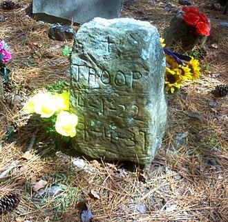Key Underwood Coon Dog Memorial Graveyard - Troop's grave, the oldest in the cemetery.