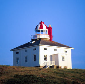 1836年に建てられたスピア岬灯台 Wikipedia