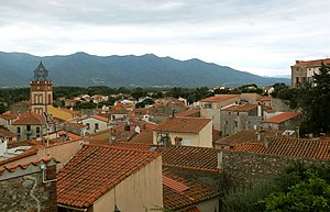 Ortaffa - General view of the village.