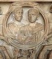 P1170835 Louvre sarcophage dionysos et Ariane tirés par des centaures Ma1013 détail rwk.jpg