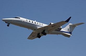 Learjet 40 - Image: PR JEC Learjet 40 Vip Jet Taxi Aereo (8141994452)