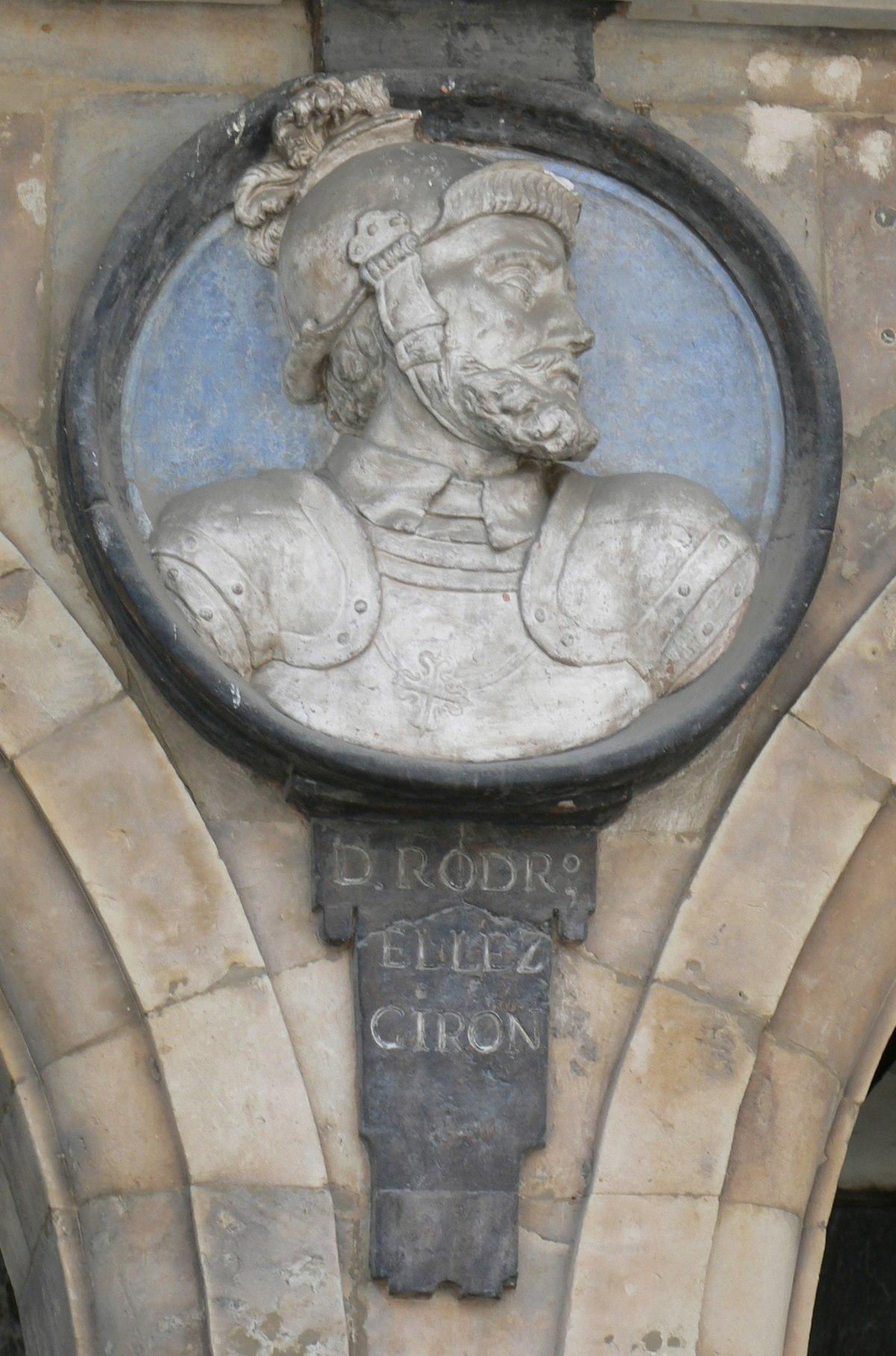 Pabellón San-Martín medallón 09 Rodrigo Téllez Girón.JPG