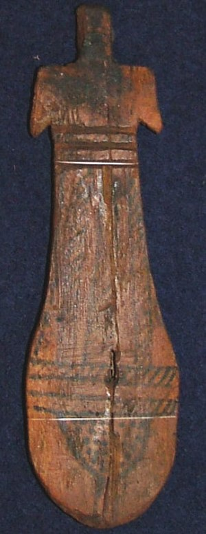 Paddle doll - A paddle doll typical of those found in most Middle Kingdom XI Dynasty (2080 - 1990 BC) tombs of Thebes. This example now resides in a private collection.